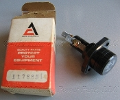 71178851 Gleaner AC Fuse Holder Vintage